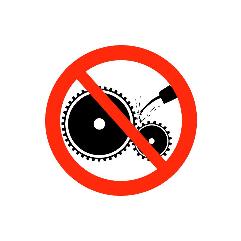 Maskinen må ikke betjenes af uautoriseret personale