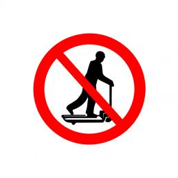 Kørsel på palleløfter forbudt