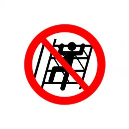 Klatring på reol forbudt